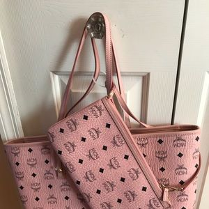 MCM Anya pale pink Authentic tote with pouch NEW